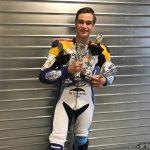 Viermaal podium inclusief twee keer winst voor Van Sikkelerus in Dijon