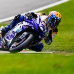 Jaimie van Sikkelerus tot op het tandvlees in British Supersport wedstrijd op Silverstone